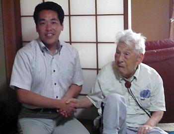箕面市内男性最高齢の筑紫満門さん