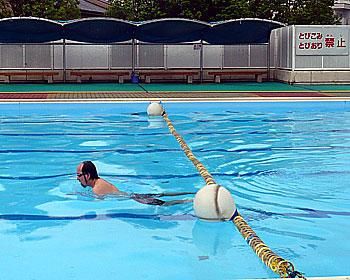 箕面の市民プールオープン!