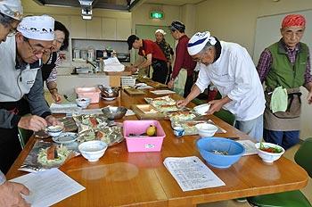 男子厨房に入ろう!!熟年男子の料理教室〜初めての方も楽しく料理!!