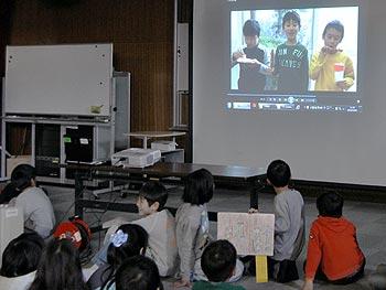 萱野小学校3年生の「地域CM発表会」