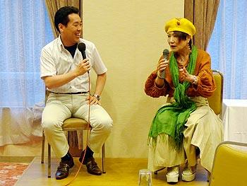 末成由美さんと倉田哲郎市長、大いに語る