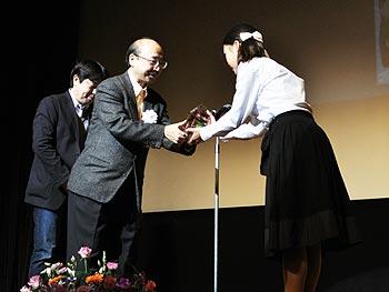 「箕面・世界子どもの本アカデミー賞」授賞式が行われました