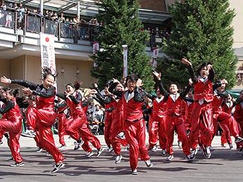 凱旋!箕面高校ダンス部、世界一の踊り