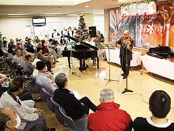 市立病院のクリスマスコンサート