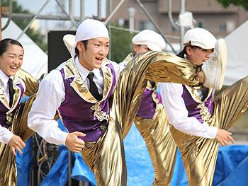 箕面まつり「高校生ダンスイベント」で、12校そろい踏み。高校ダンスはここまで進化した…!