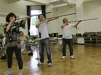 吹矢を楽しみながら健康に!「スポーツ吹矢」体験講習会開催