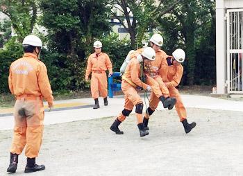 消防救助隊の強化訓練
