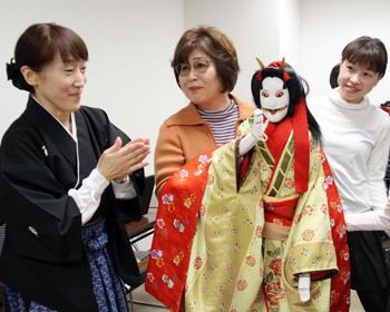 人形浄瑠璃を体験!