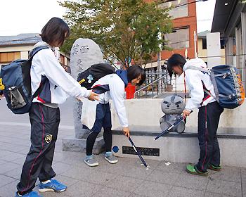 大阪青山大学ソフトボール部のみなさんが毎週清掃活動を行っています!
