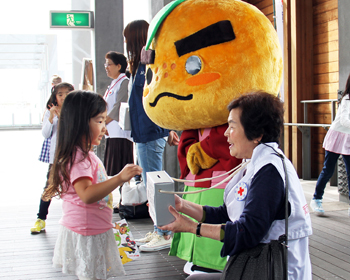 熊本地震の街頭募金活動が行われました