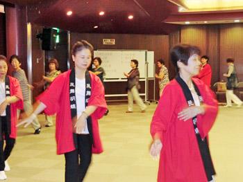 箕面まつりに向けて…盆踊り練習会