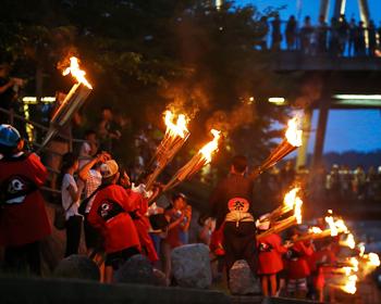 第13回まんどろ火祭り