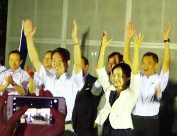 箕面市長選挙、倉田哲郎さんが3選!