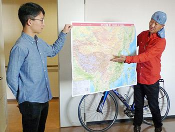 上海〜ウルムチ4200キロ、自転車で走破!…「究極のエコロジスト」松本英揮さん講演会