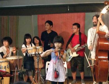 祈り部のコンサートとワークショップが開催されました
