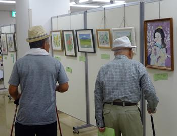 約140点がズラリ!箕面市高齢者作品展