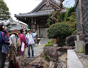 阪急宝塚沿線観光あるき体験型ガイドツアーが行われました