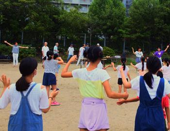船場西の夏まつりに向けて踊りの練習!
