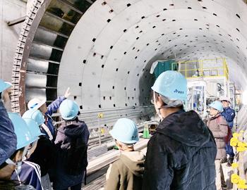 シールドトンネル工事を見学!北急こども見学会