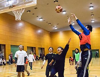 バスケ芸人・田村裕さんプロデュース「大人のバスケ教室」が開催!
